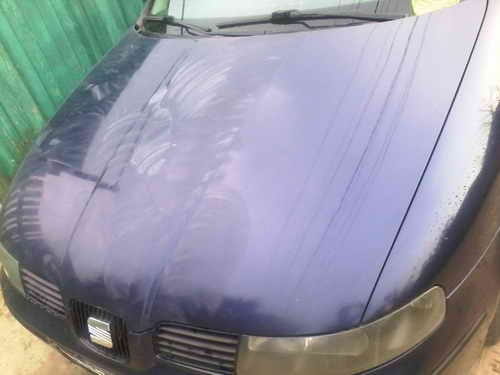 Автохимия. Как правильно ухаживать за автомобилей: полировка капота авто SEAT Toledo