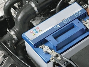 BMW Блог: Замена аккумулятора BMW 3-й серии