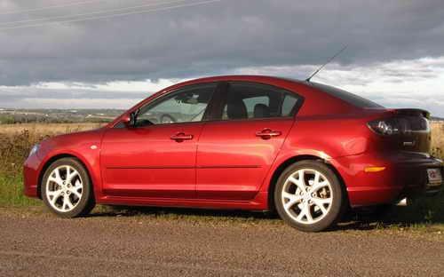 Автохимия. Как правильно ухаживать за автомобилей: Операция Чистый кузов Mazda 3. Нано-технологии Turtle Wax PLUS PTFE в авто полиролях